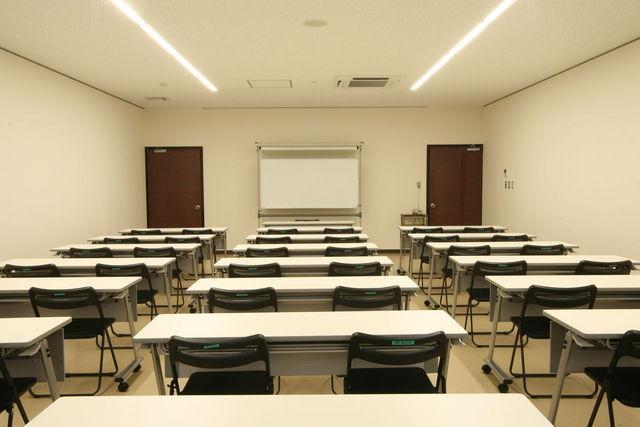 会議室48