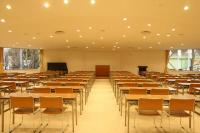 会議室80